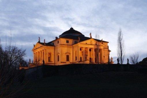 villa la rotonda almerigo capra by andrea palladio located in Vicenza, recognized as a UNESCO World Heritage Site