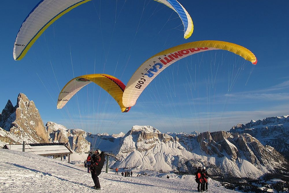 Paragliding Dolomite mountains