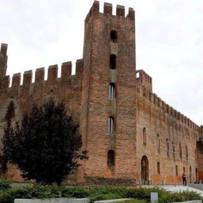 Montagnana mastio