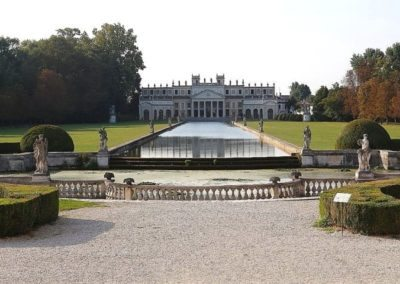 villa pisani garden, to visit during day excursion, located along the brenta waterway between venice and padua