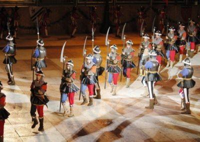 Parade soldats médiévaux