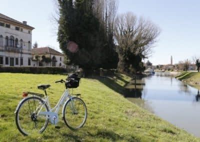Bicycle ride Mira Brenta canal day excursion