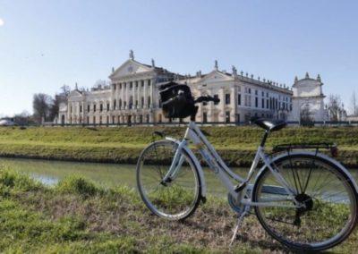 Villa Pisani randonnée à vélo canal de la Brenta