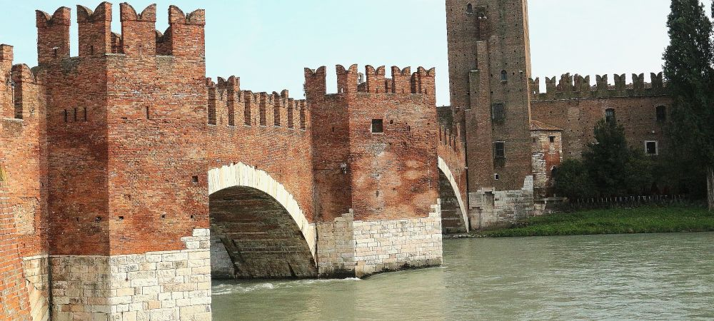 Verona Scaligeri bridge on the Adige river, part of Castelvecchio in the town of Romeo and Jiuliet